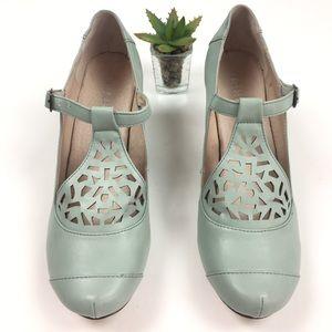 ModCloth Chelsea T-Strap Mary Jane Mint Heels
